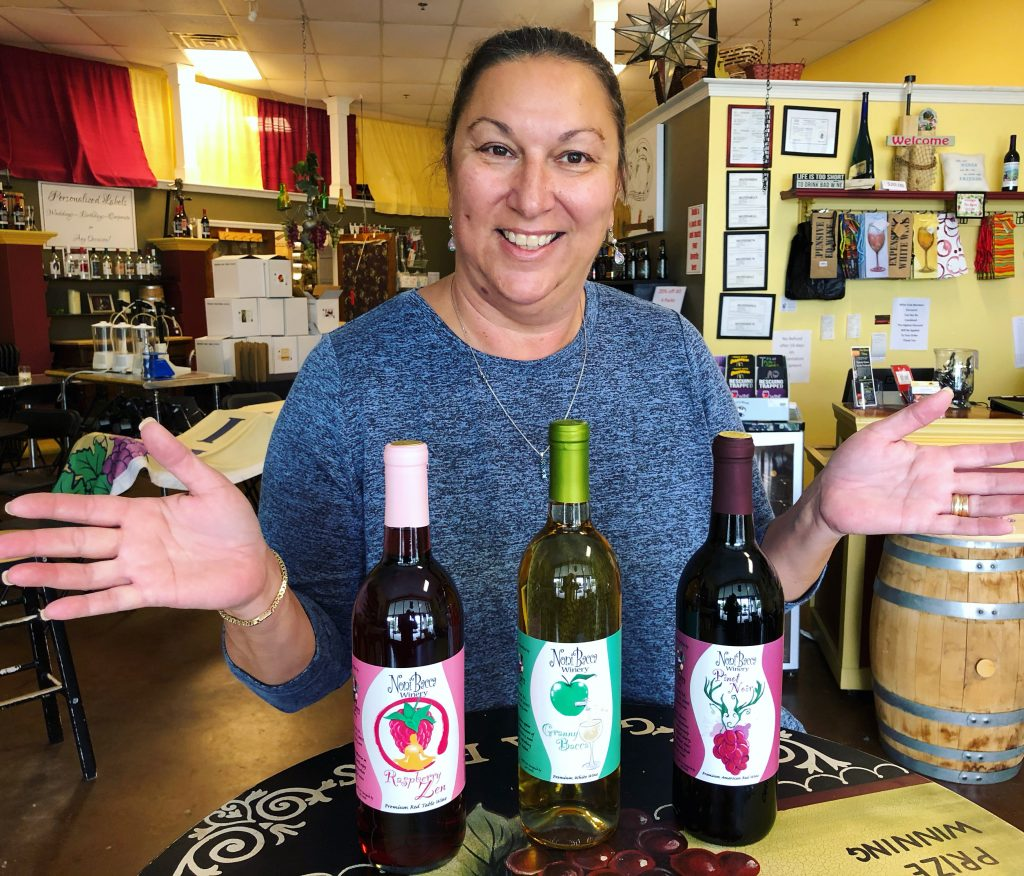 Toni at Noni Bacca with Covas Bottles