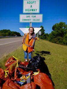 CFCC student Jess Hufham wat trash clean up